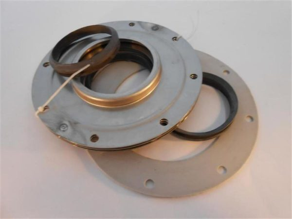 Image of NP-040-A30002216B C15211 Shaft Seal Assembly 3-716 sold by RW Martin