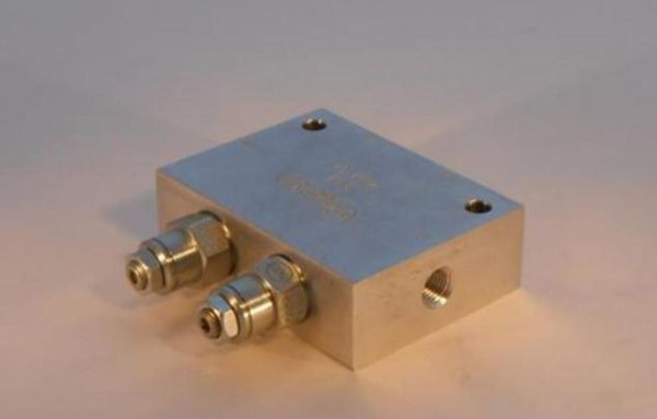 Image of NP-040-H04200009 Counter Balance Valve sold by RW Martin