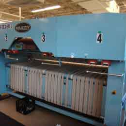 Image of UM-7886 Pre-Owned Braun Spreader Feeder Model MP4SSF sold by RW Martin